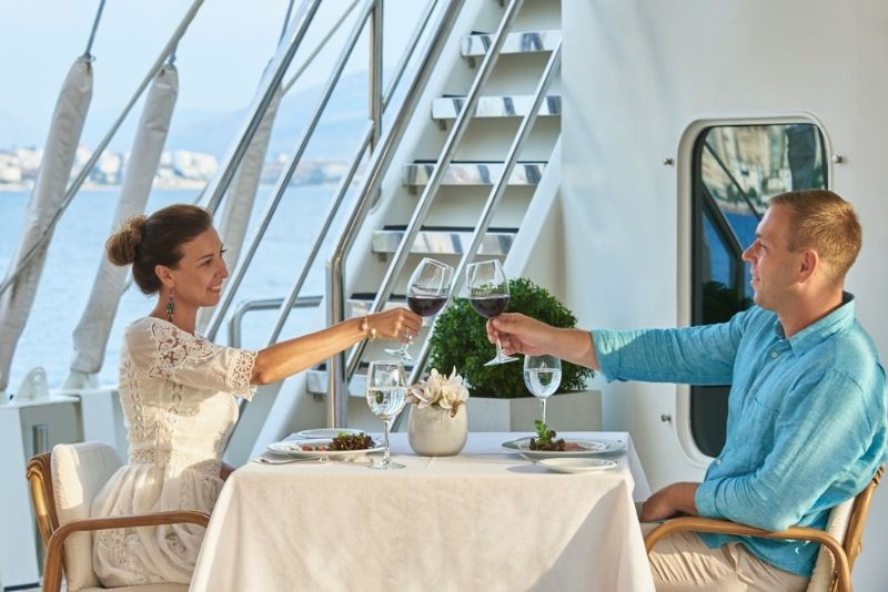 dinner cruises in Vancouver