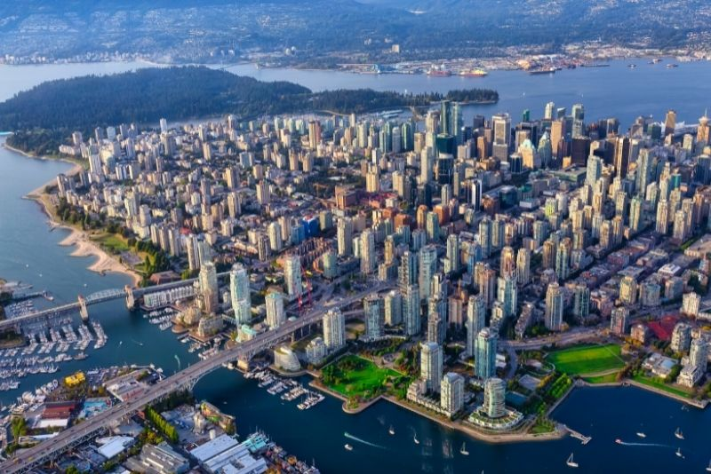 helicopter tours in Vancouver