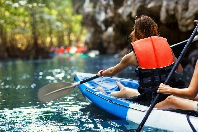 kayaking in Jamaica