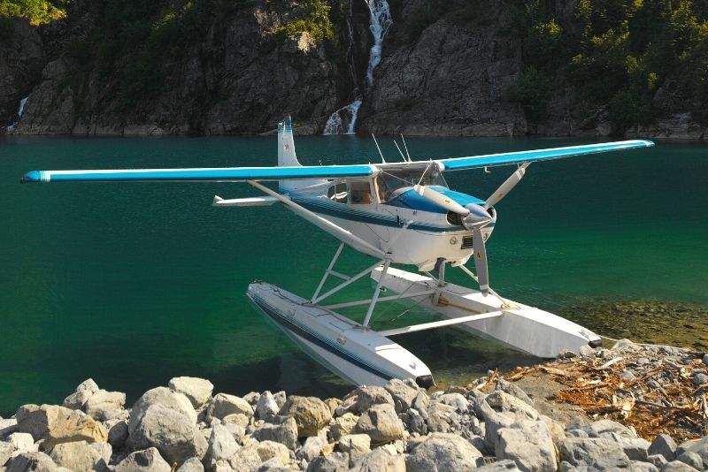 seaplane tours over Alpine lakes in Vancouver