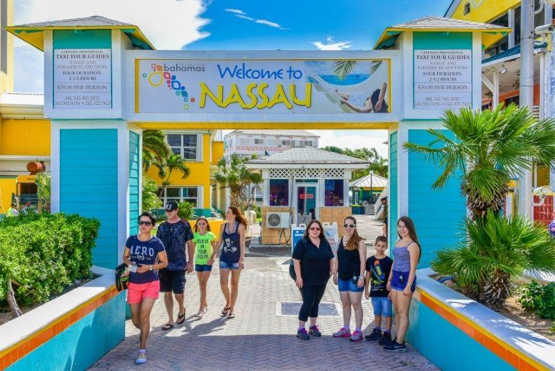 walking tours, Nassau