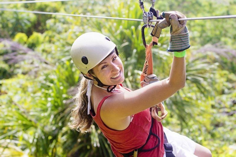 zip lining in Jamaica