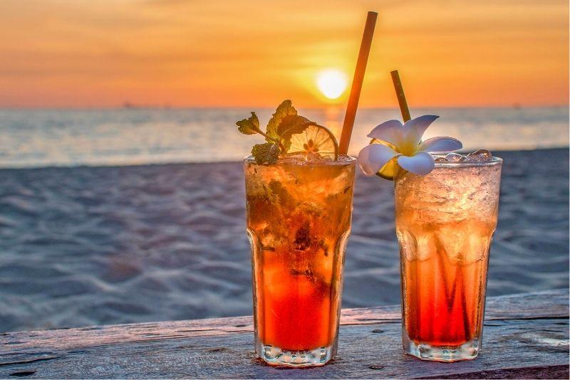 Bugaloe Beach Bar, Aruba