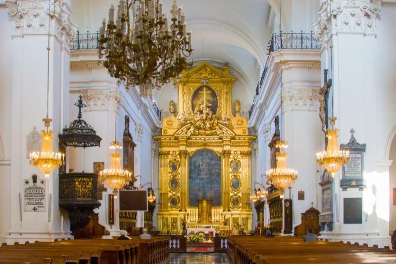 Heilig-Kreuz-Kirche, Warschau
