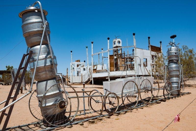 Noah Purifoy Outdoor Desert Art Museum, Palm Springs