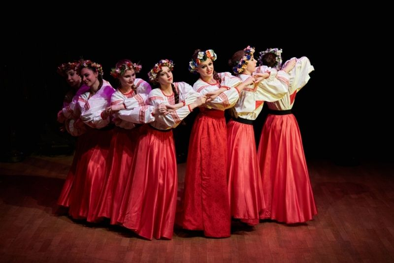 Russian dance shows in Moscow