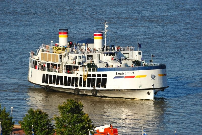 Saint Lawrence River boat tour