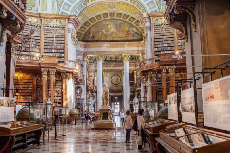 Sala di Stato della Biblioteca nazionale austriaca, Vienna