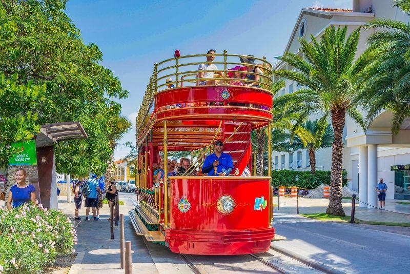 Trolley tour in Aruba