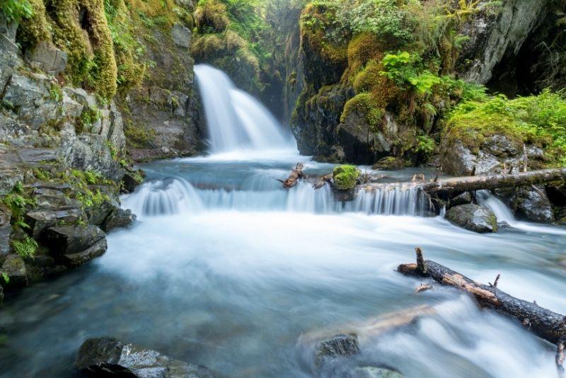 Virgin Creek Falls, Anchorage
