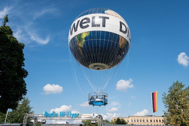 Weltballon, Berlin