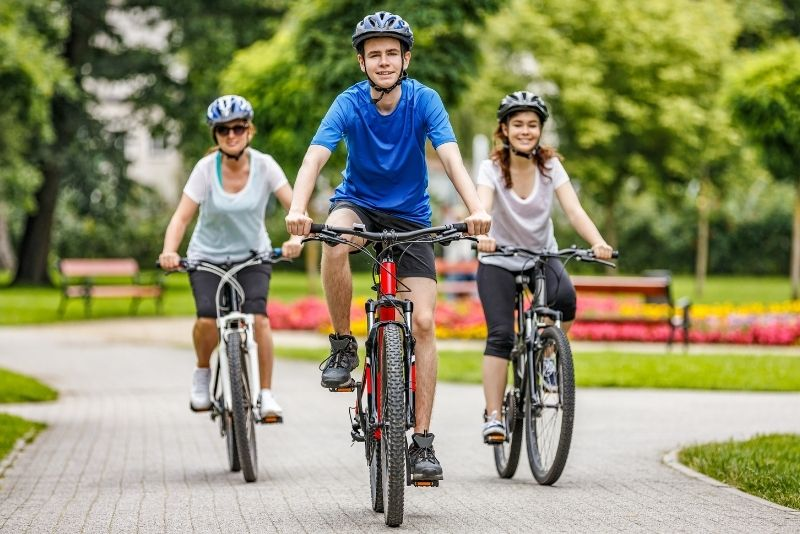 bike tours in Montreal