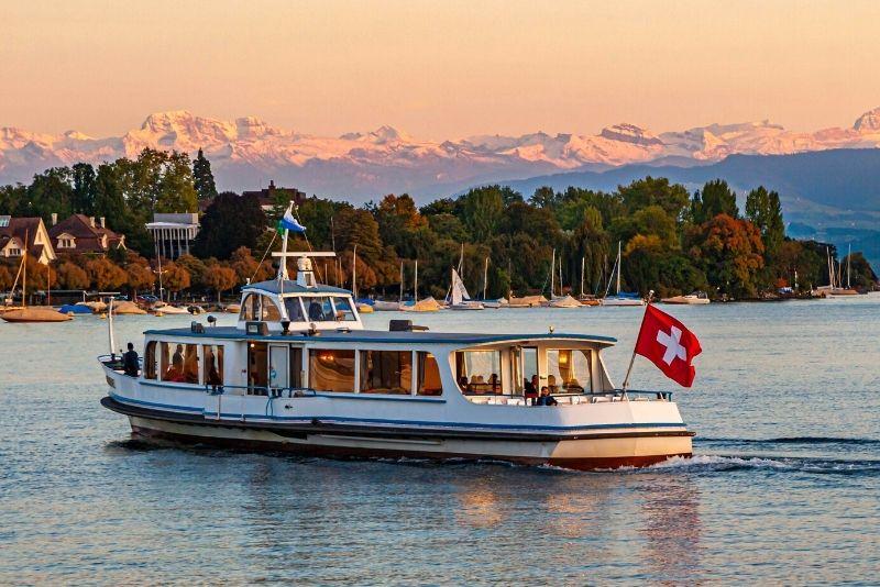 boat tours in Zurich