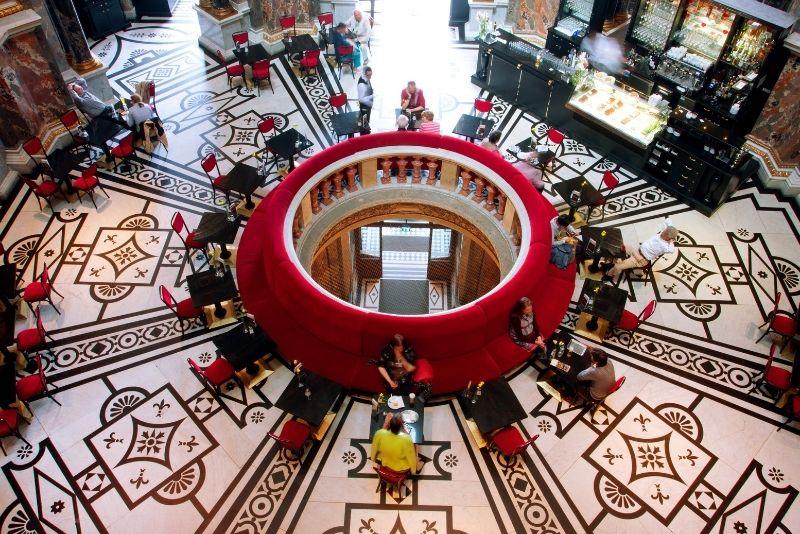 caffè all'interno del Kunsthistorisches Museum