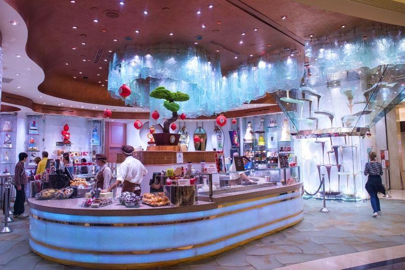 chocolate fountain in Bellagio Hotel in Las Vegas