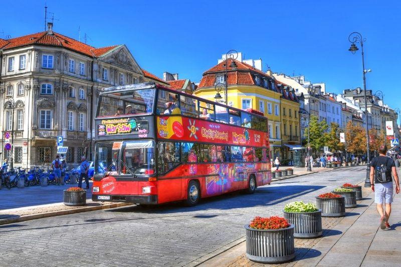 Hop-on-Hop-off-Bustouren in Warschau