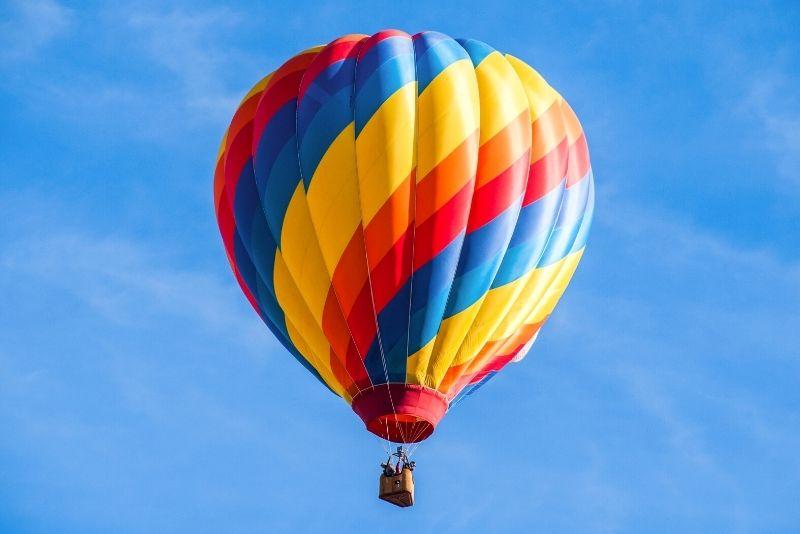 hot air balloon ride in Jackson Hole