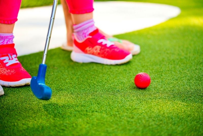 mini-golf at Wild Willy's Adventure Zone, Destin