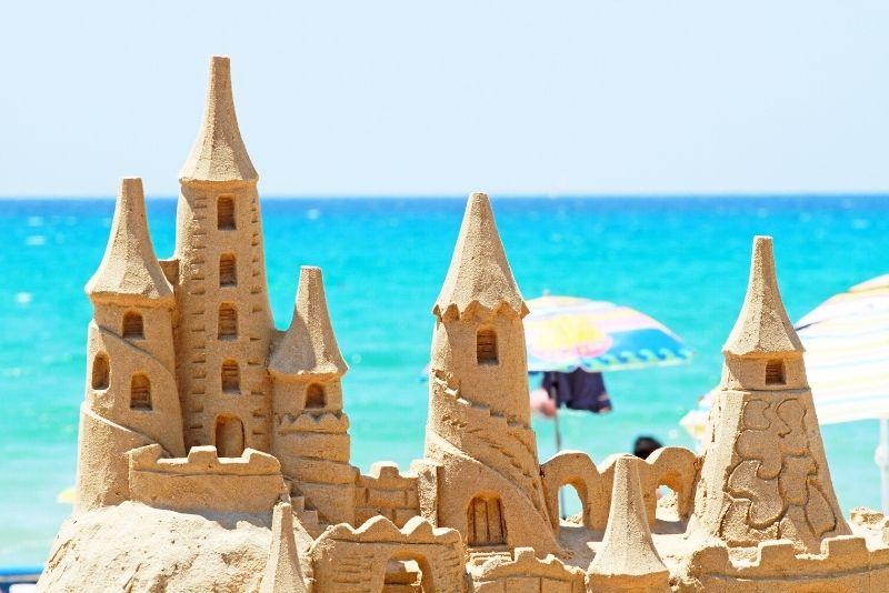 sandcastle lesson in Destin