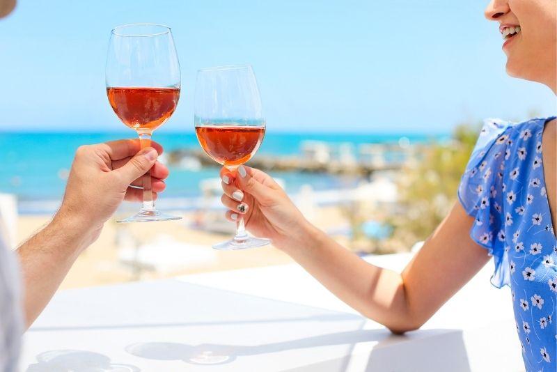 wine tastings in Athens