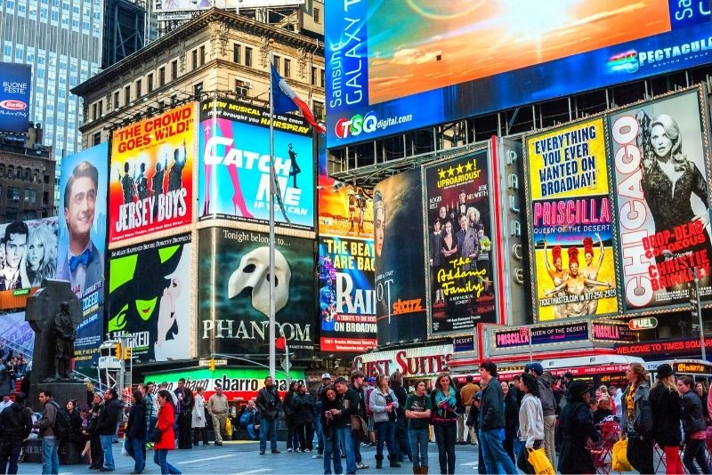 Broadway shows in Manhattan