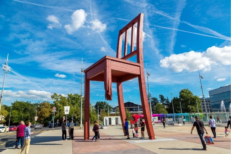Broken Chair sculpture, Geneva