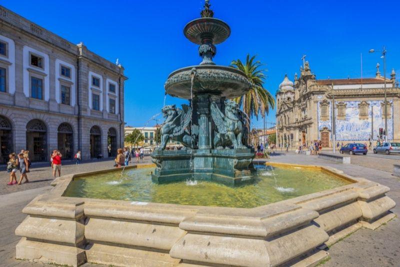 Gomes Teixeira Square, Porto