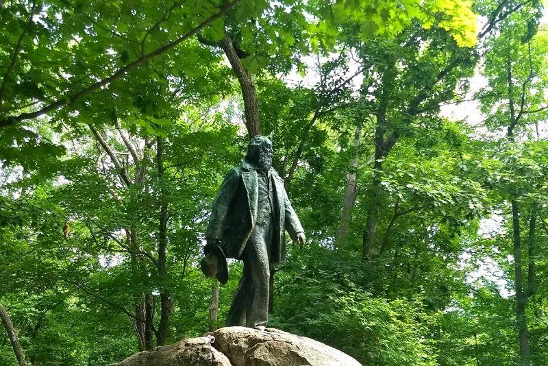 Walt Whitman Park, Brooklyn