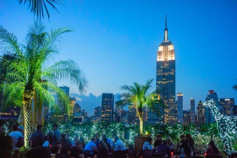 best rooftop bars in Manhattan