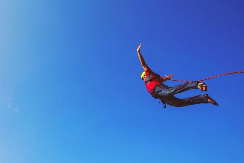 bungee jumping in Lyon