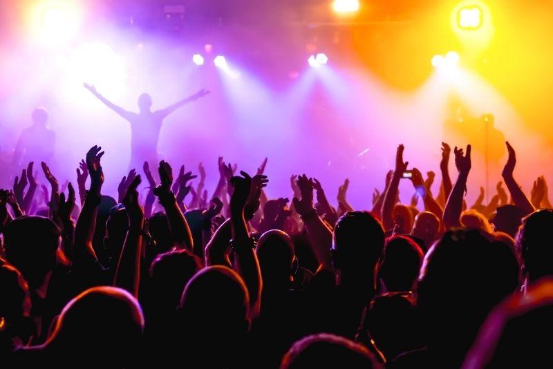 concert at Bordeaux Métropole Arena, Bordeaux