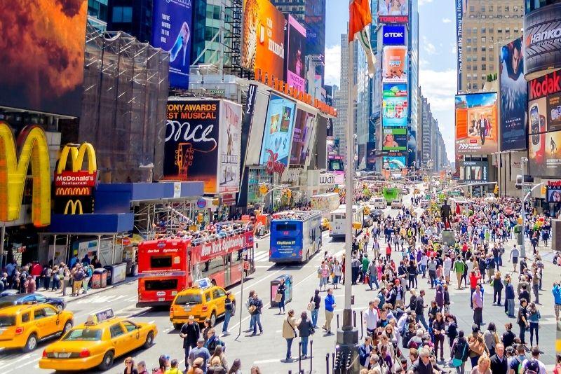 hop-on hop-off bus tours in Manhattan