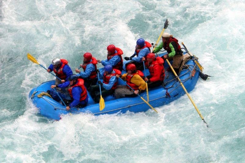 rafting in Banff