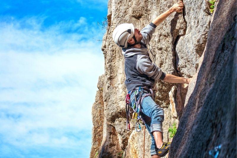 rock climbing in Banff
