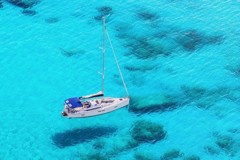 boat tour in Crete
